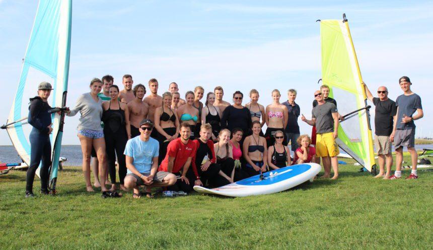 Teilnehmer des Kite und Surfcamps in Dändemark